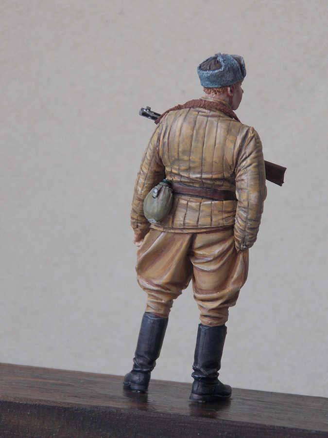 Figures: Red Army soldier at rest, photo #6