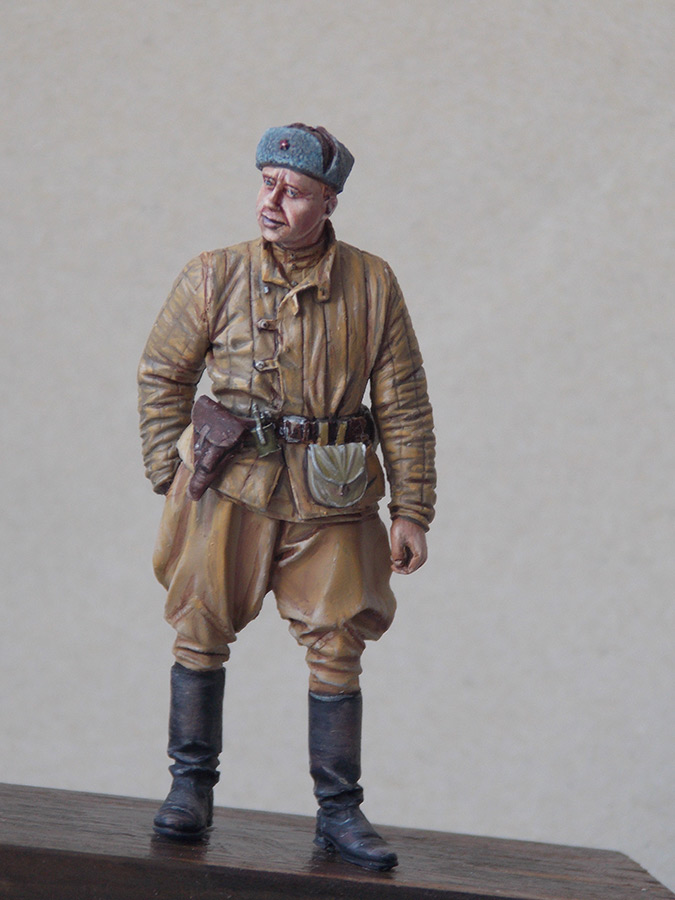 Figures: Red Army soldier at rest, photo #8