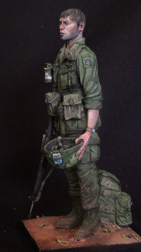 Figures: Trooper of 82nd airborne div., Vietnam, 1970, photo #3