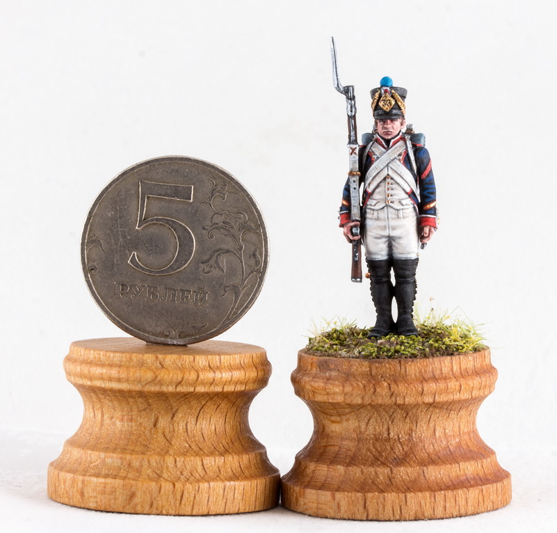 Figures: Little sergeant, photo #2