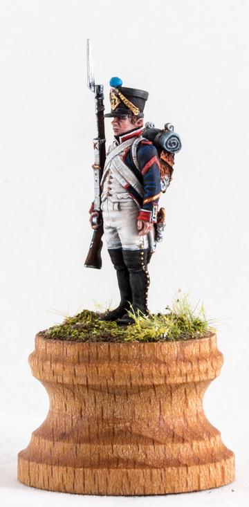 Figures: Little sergeant, photo #3