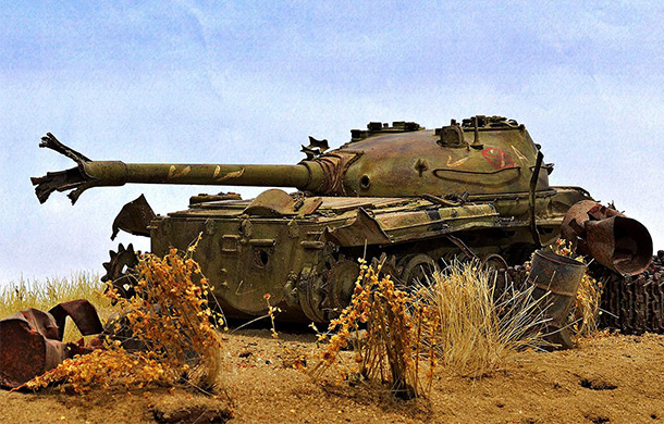 Dioramas and Vignettes: Abandoned T-62