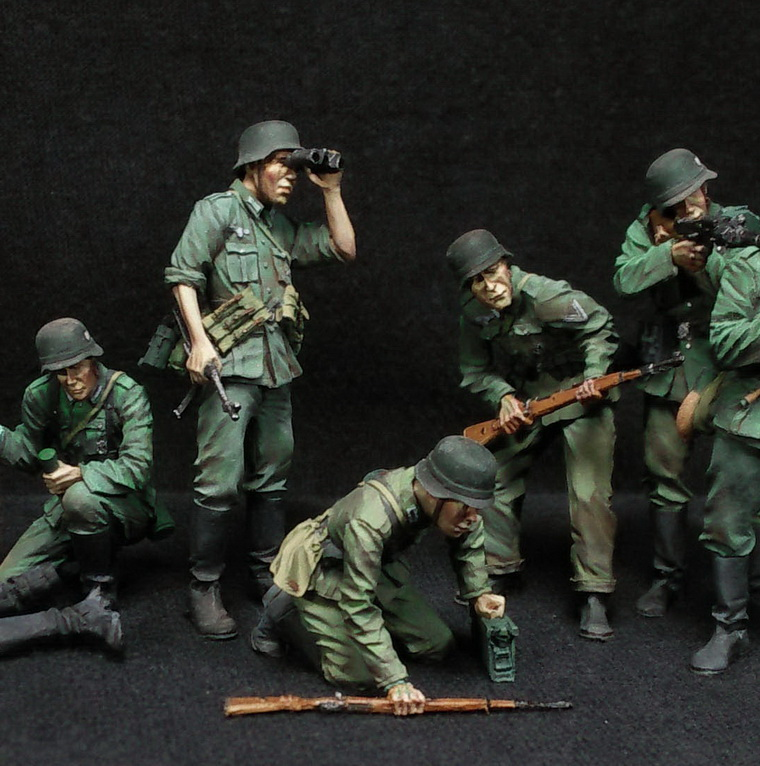 Figures: German Infantry in action, photo #2
