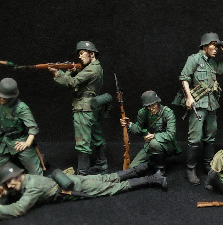 Figures: German Infantry in action, photo #3