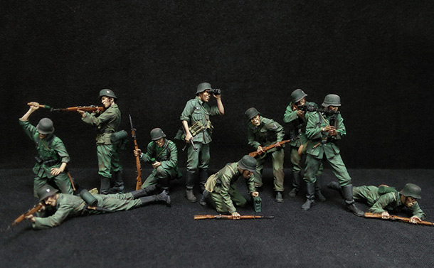 Figures: German Infantry in action