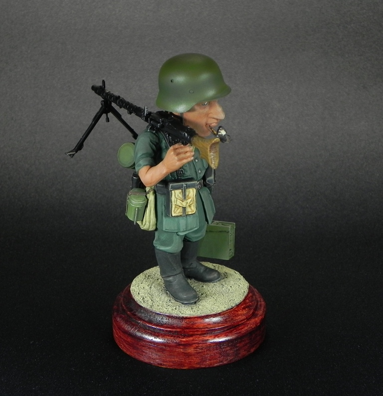 Miscellaneous: Machine gunner Meyer, photo #9