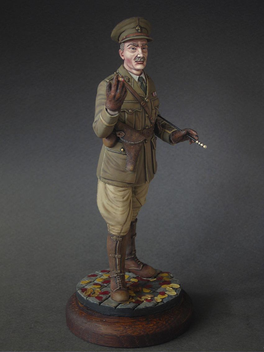 Figures: Noble Gentleman, photo #5