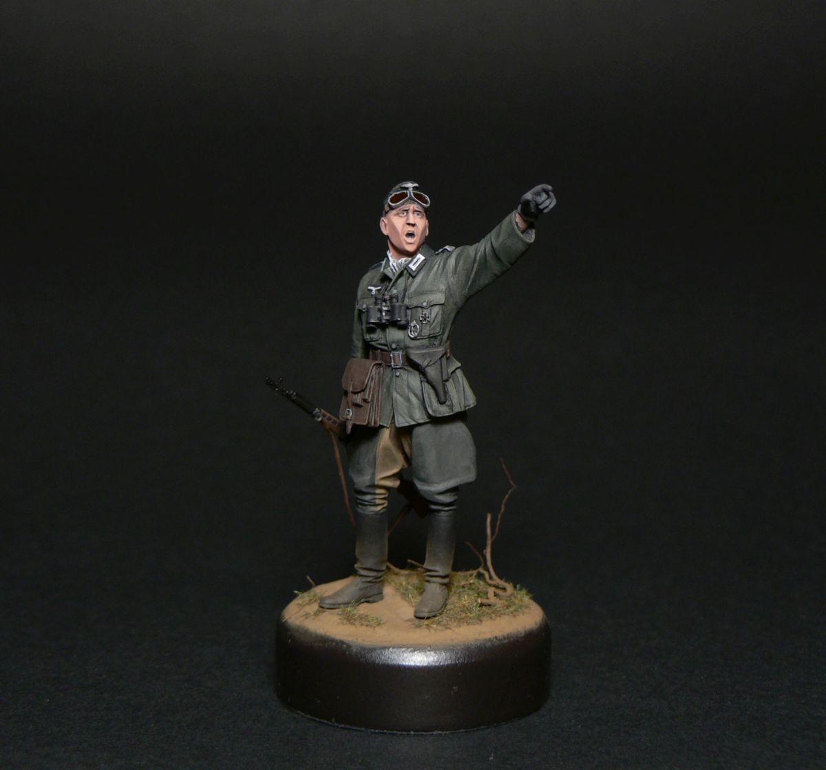 Figures: Oberleutnant, photo #4