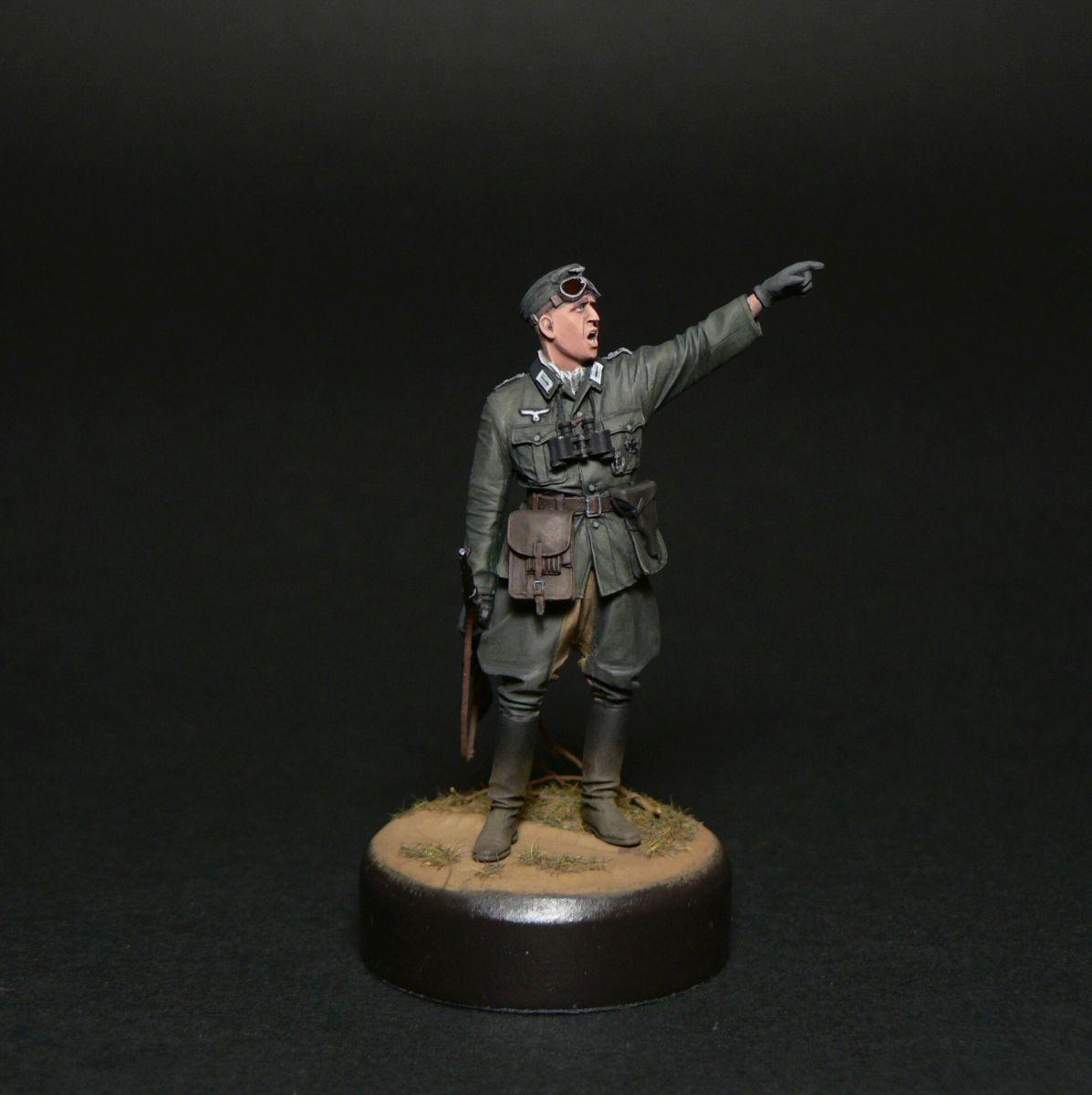 Figures: Oberleutnant, photo #5