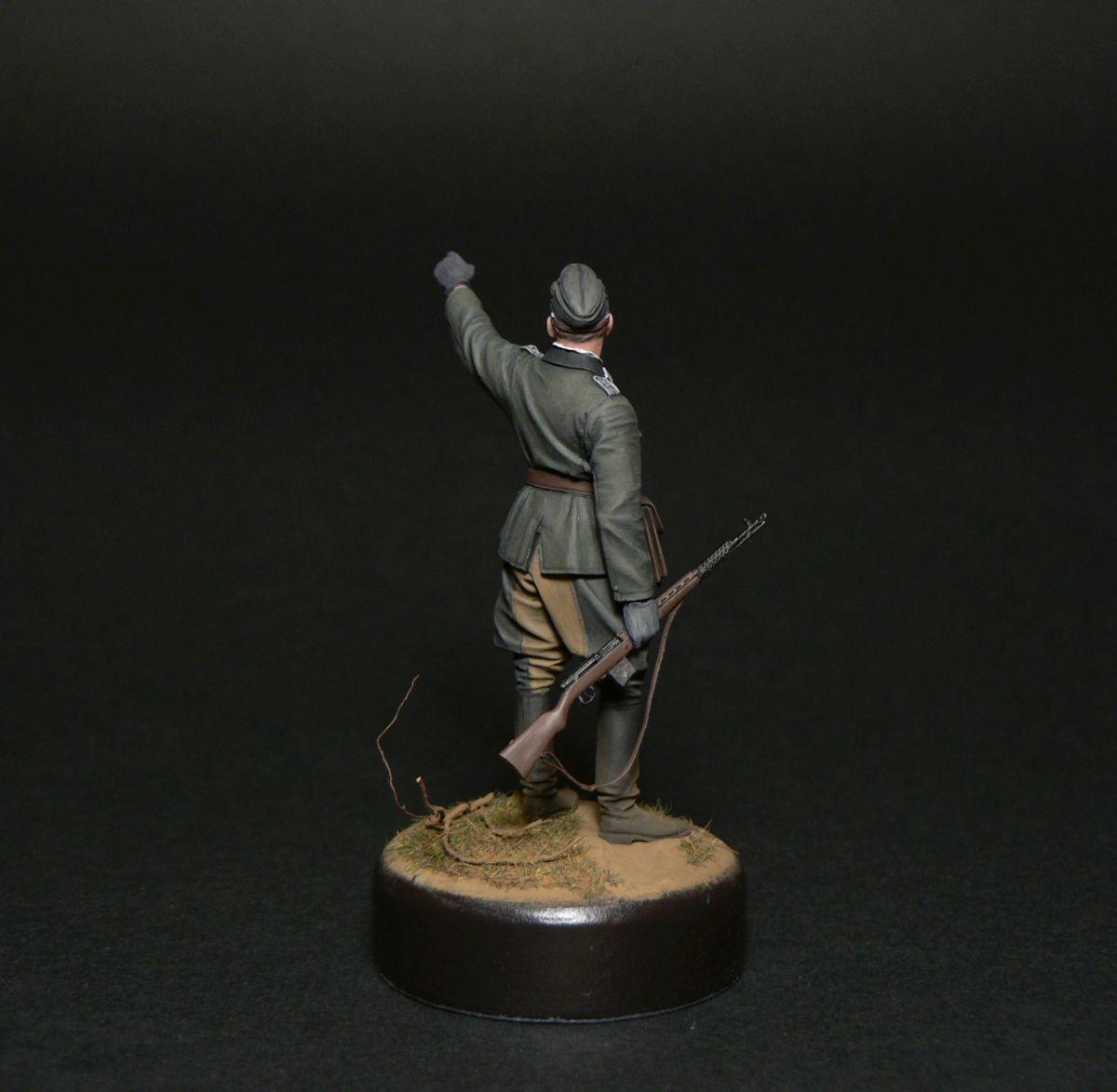 Figures: Oberleutnant, photo #6