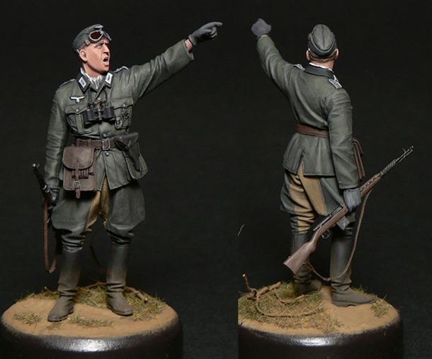 Figures: Oberleutnant