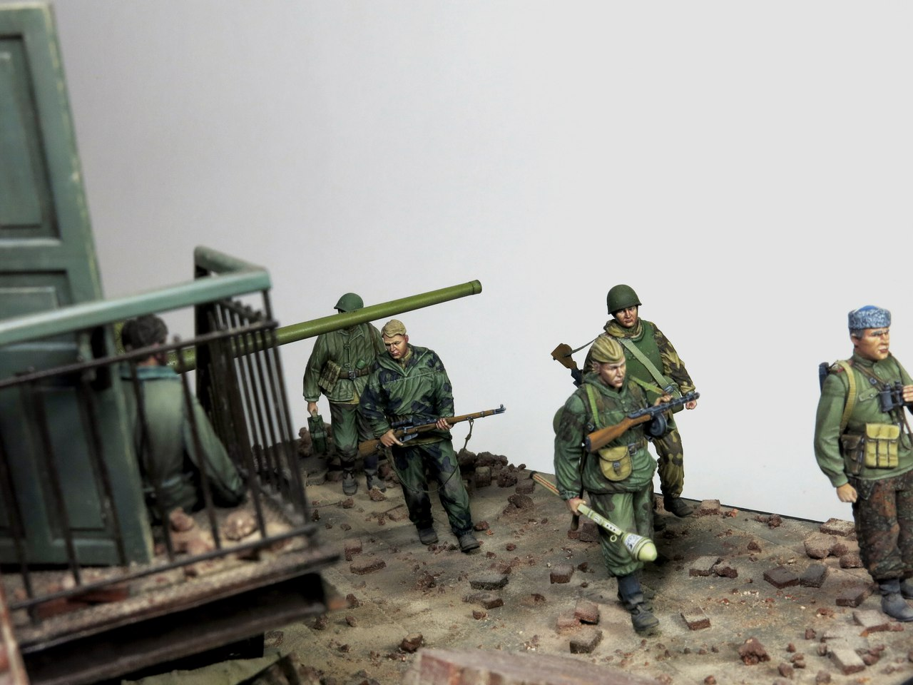 Dioramas and Vignettes: Tragoedia in finem, photo #11