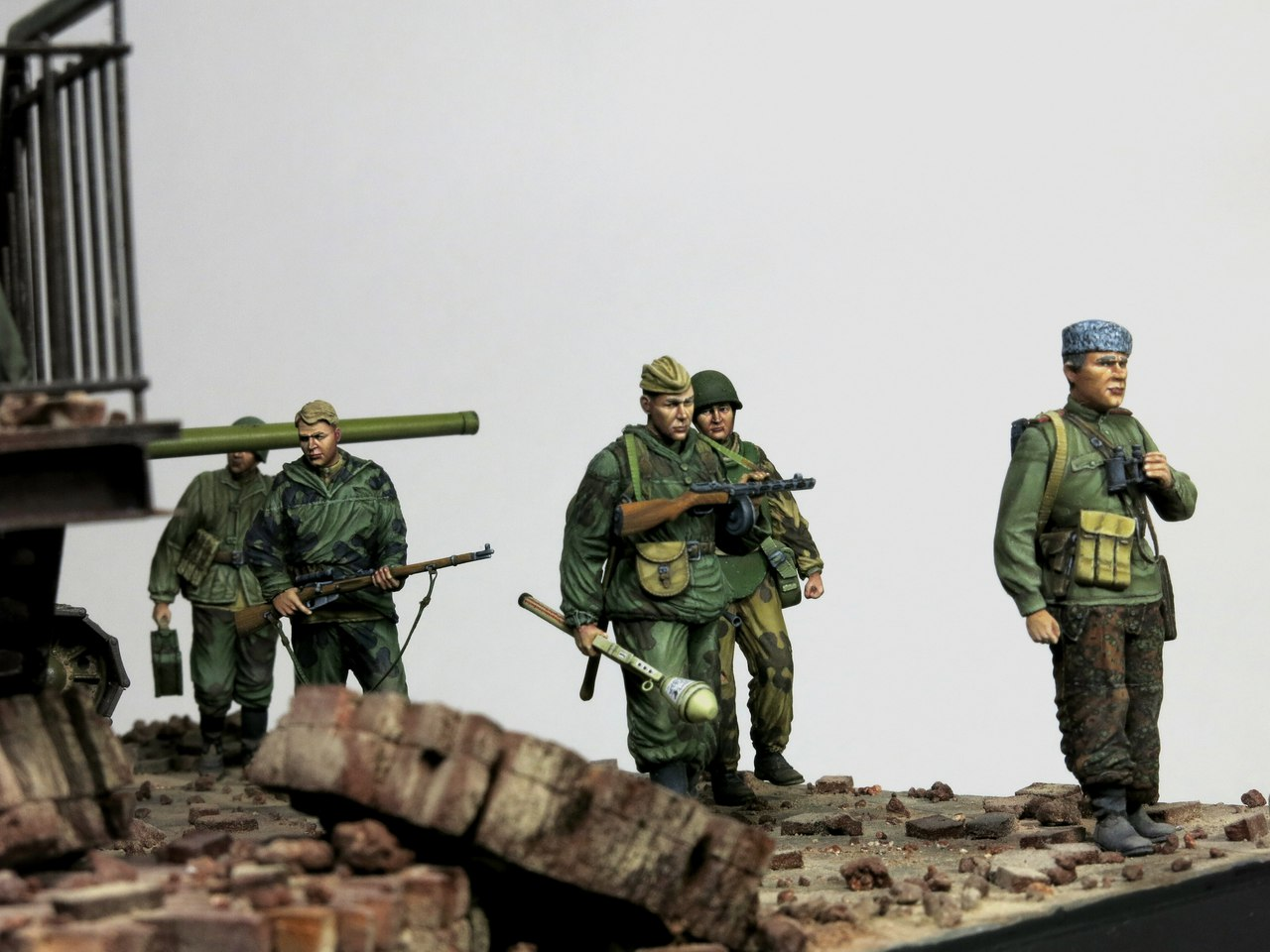 Dioramas and Vignettes: Tragoedia in finem, photo #12
