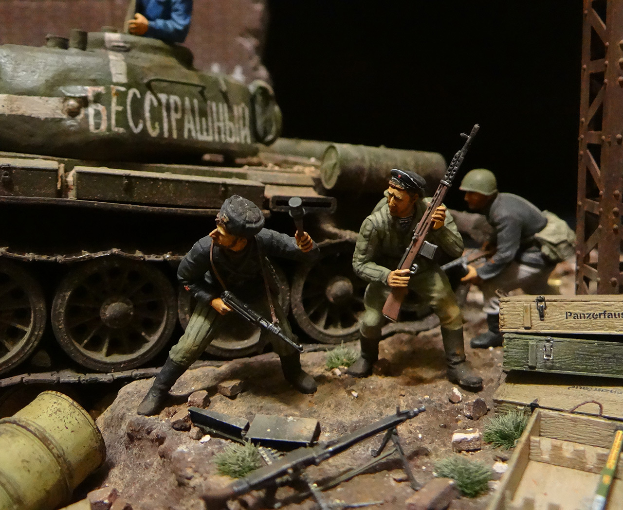 Dioramas and Vignettes: Berlin 1946, photo #10