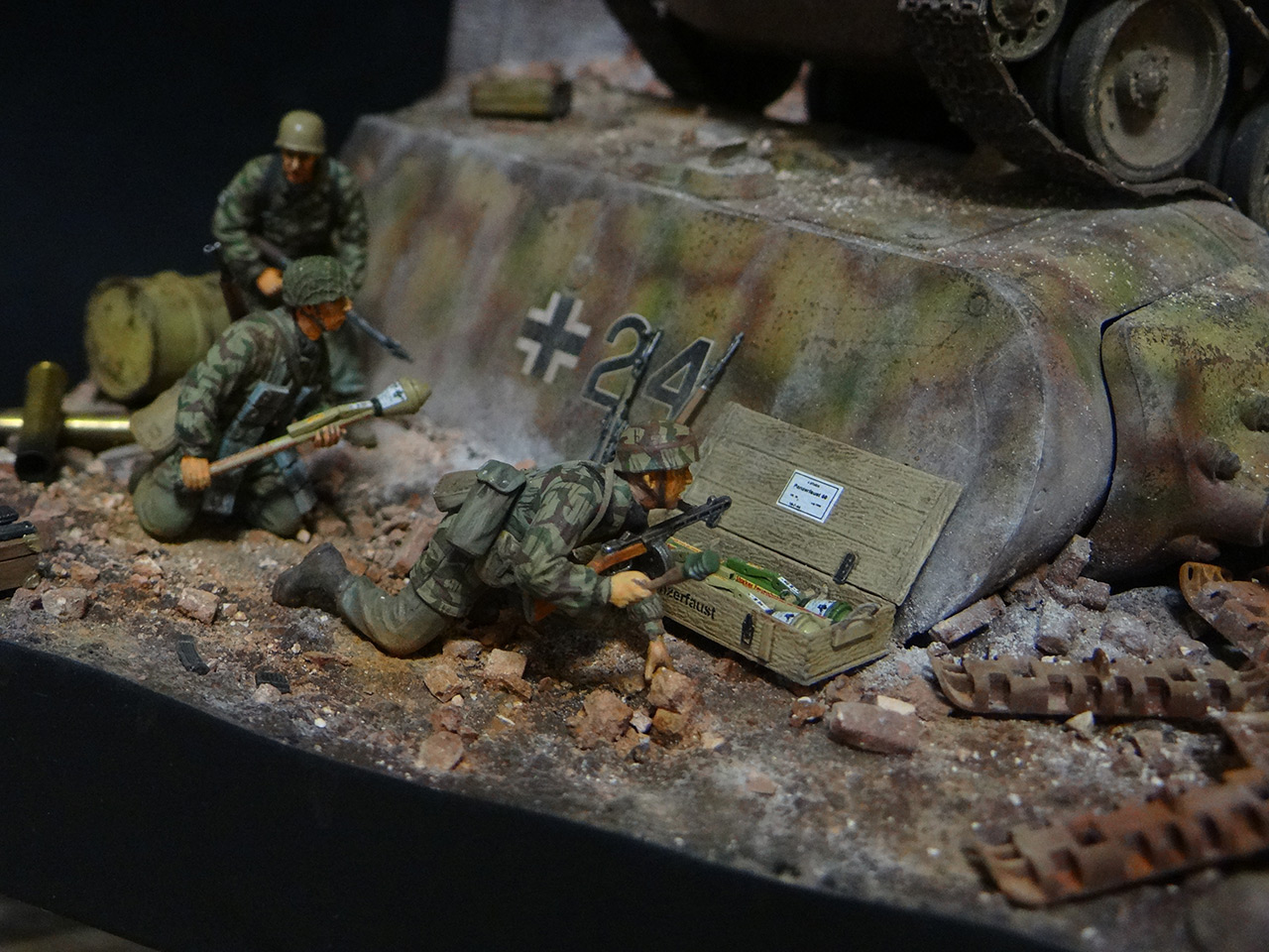 Dioramas and Vignettes: Berlin 1946, photo #12