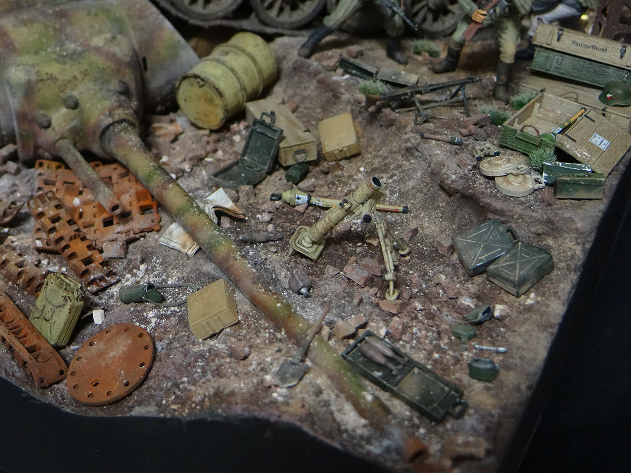Dioramas and Vignettes: Berlin 1946, photo #15
