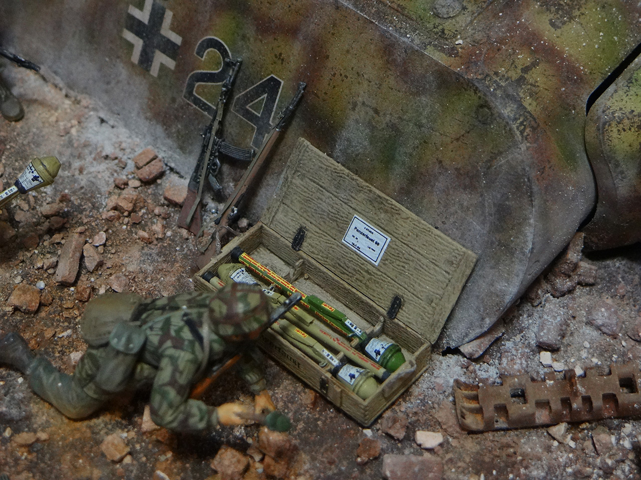 Dioramas and Vignettes: Berlin 1946, photo #21