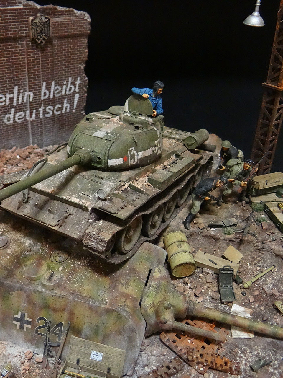 Dioramas and Vignettes: Berlin 1946, photo #23