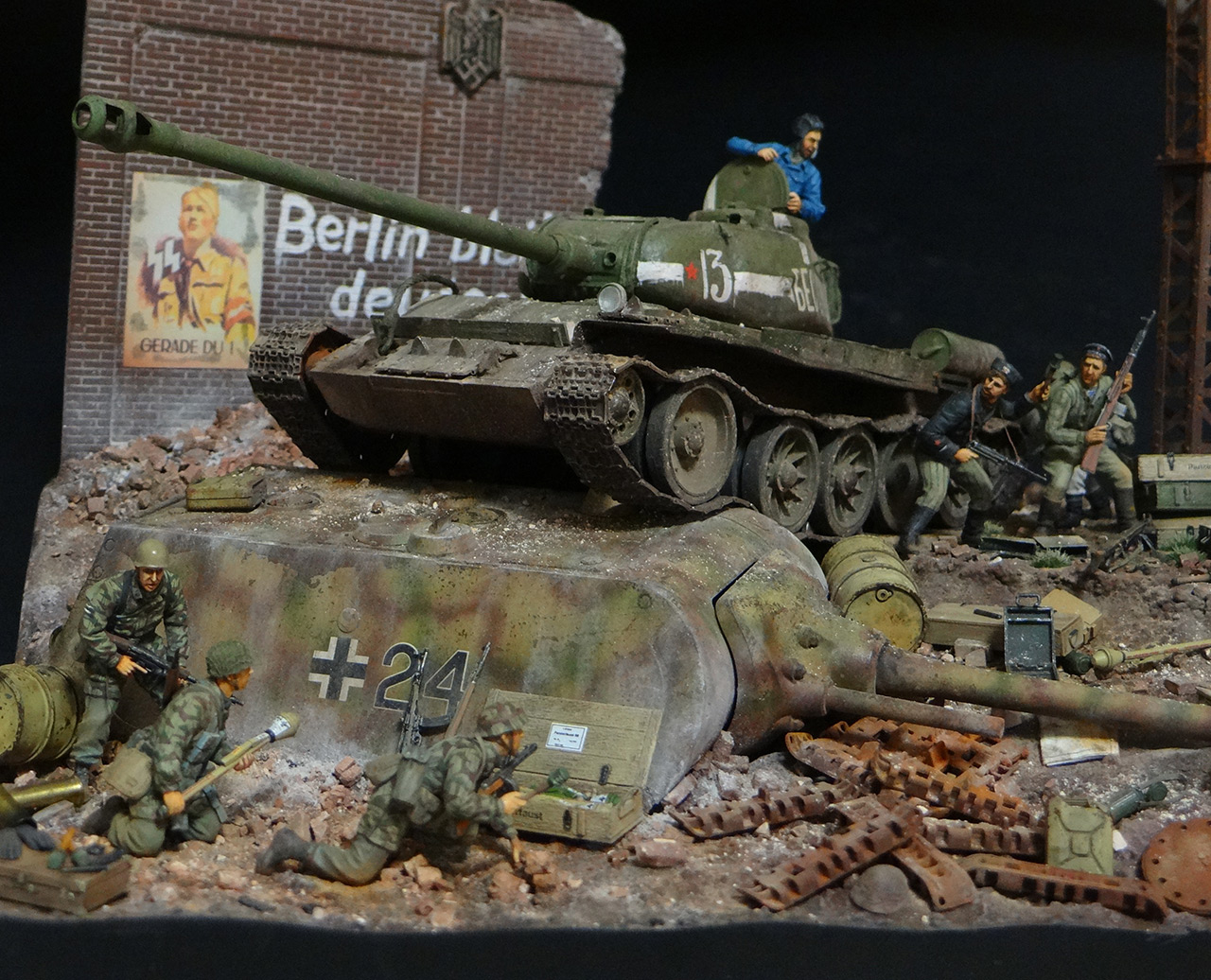 Dioramas and Vignettes: Berlin 1946, photo #4