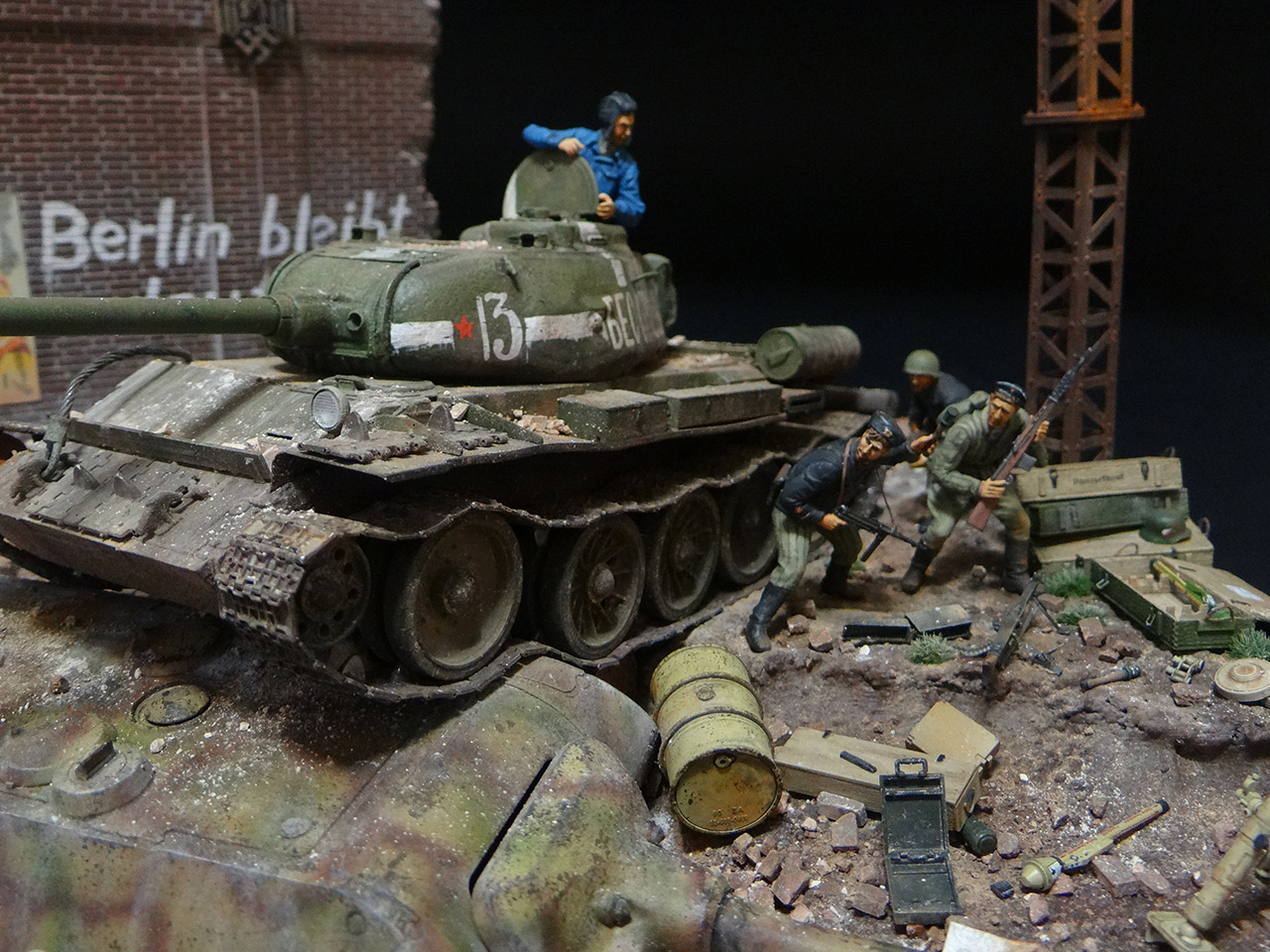 Dioramas and Vignettes: Berlin 1946, photo #8
