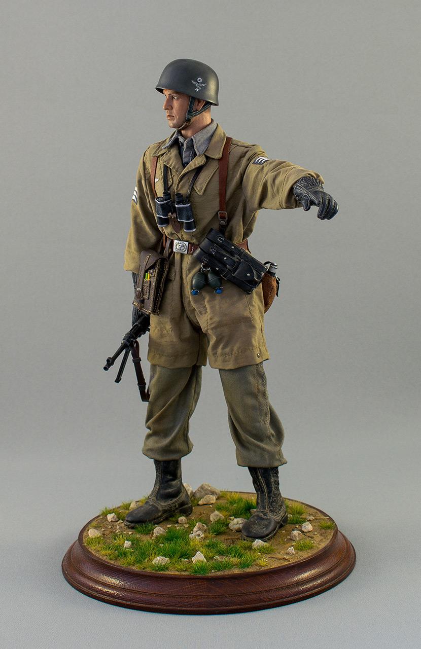 Figures: Luftwatte paratrooper. Crete, May 1941, photo #8