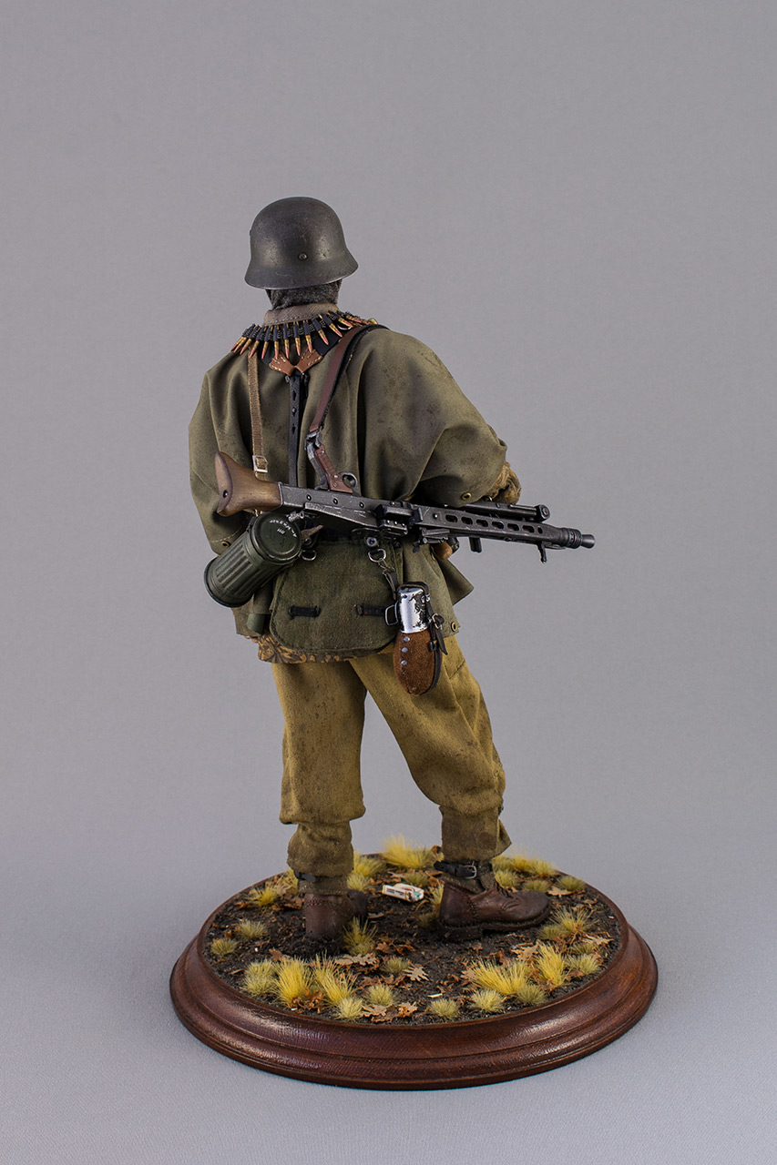 Figures: SS machine gunner, Kampfgruppe Hansen, photo #5