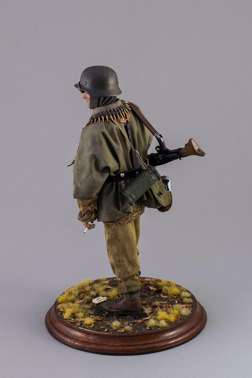 Figures: SS machine gunner, Kampfgruppe Hansen, photo #7