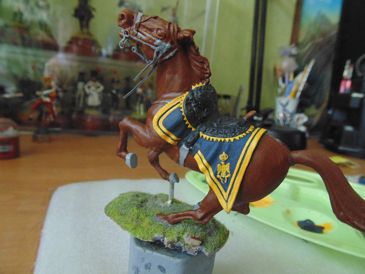 Sculpture: Red lancer, photo #7