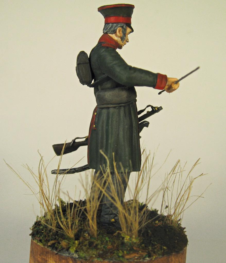 Figures: Senior officer, St.Petersburg home guard, photo #10
