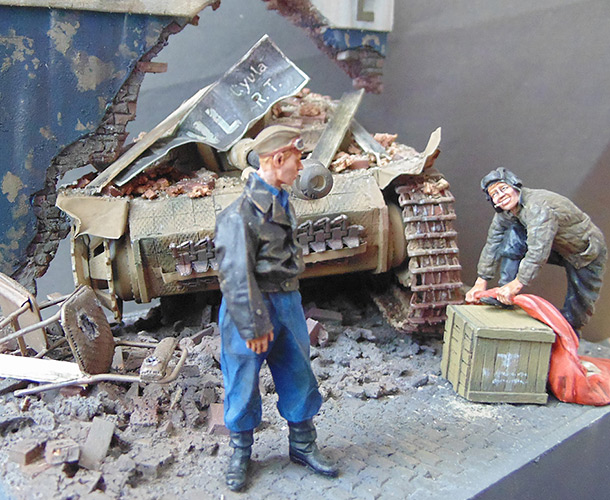 Dioramas and Vignettes: The Trophy