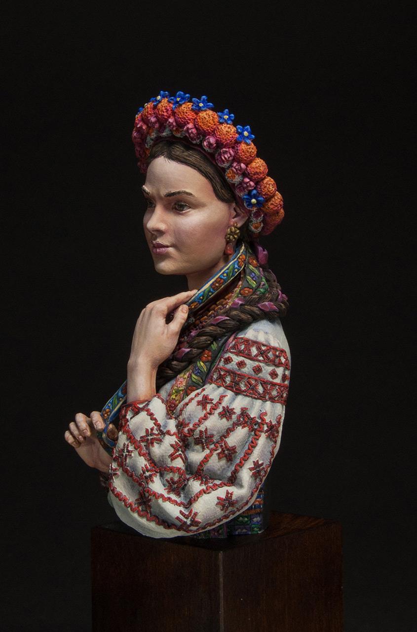 Figures: Marusya Churay, Ukrainian girl, photo #2