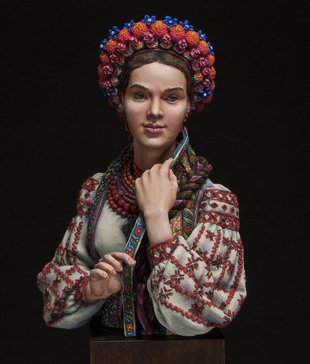 Figures: Marusya Churay, Ukrainian girl