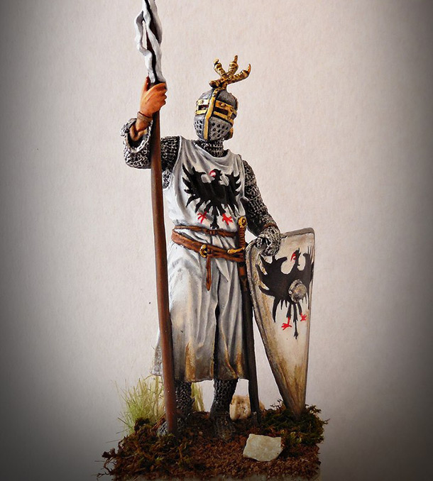 Figures: Western european knight, XII-XII c.