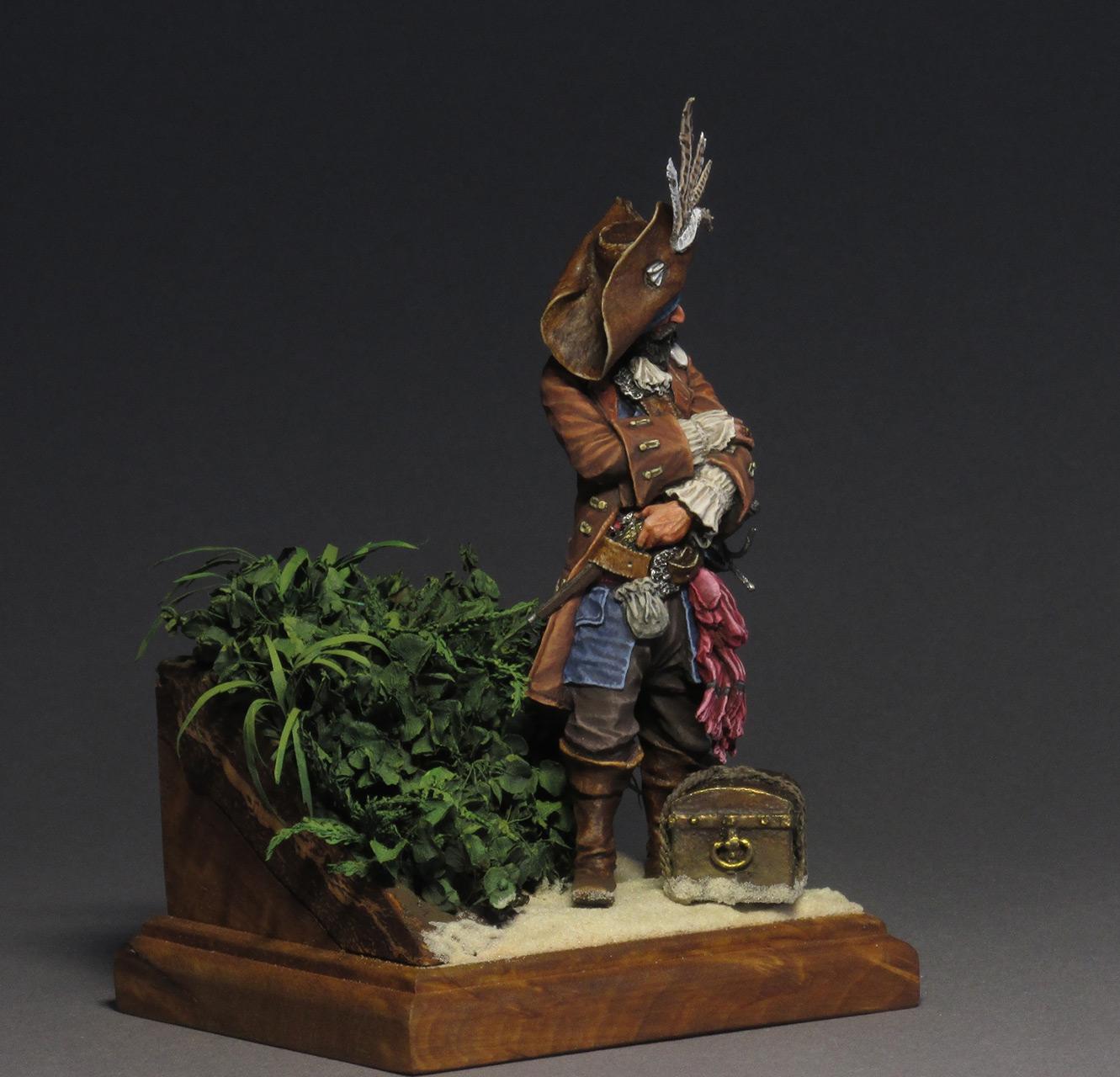 Figures: Captain Teague, photo #3