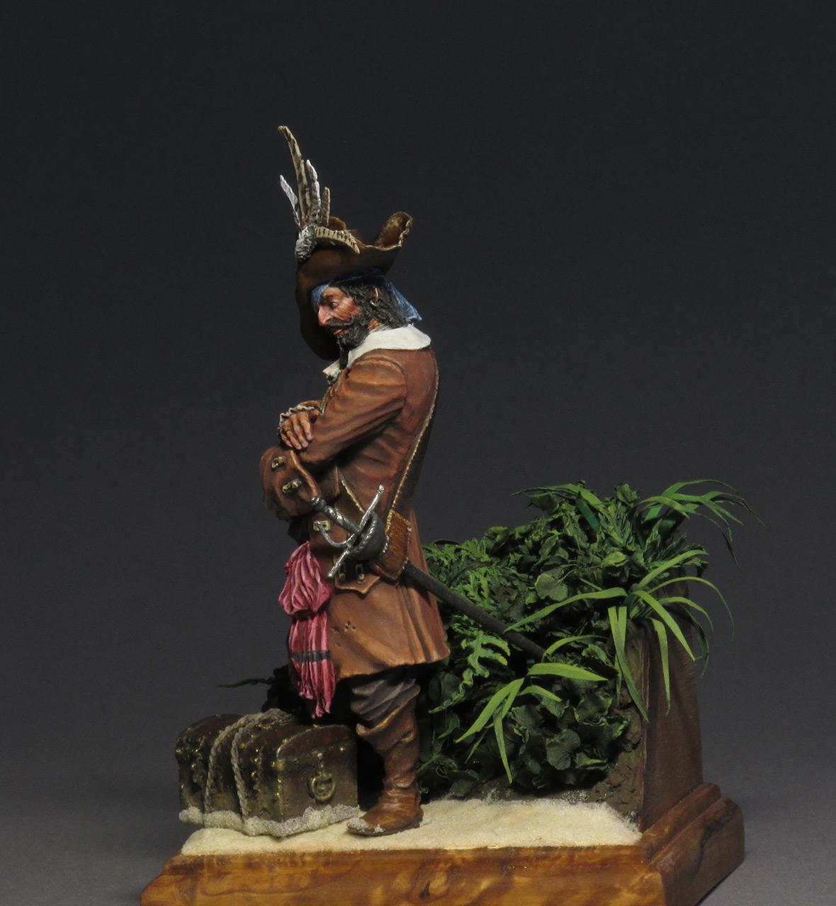 Figures: Captain Teague, photo #8