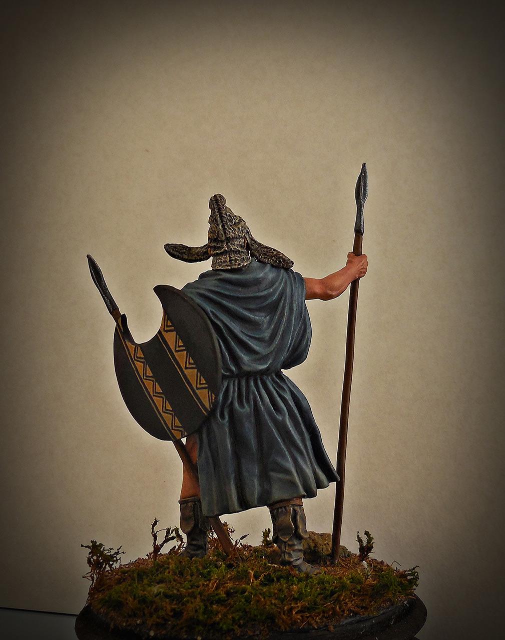 Figures: Thrakian peltast, V B.C., photo #5