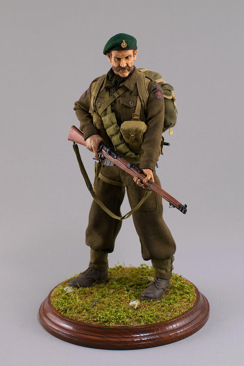 Figures:  Royal Marine Commando. France, 1944, photo #1