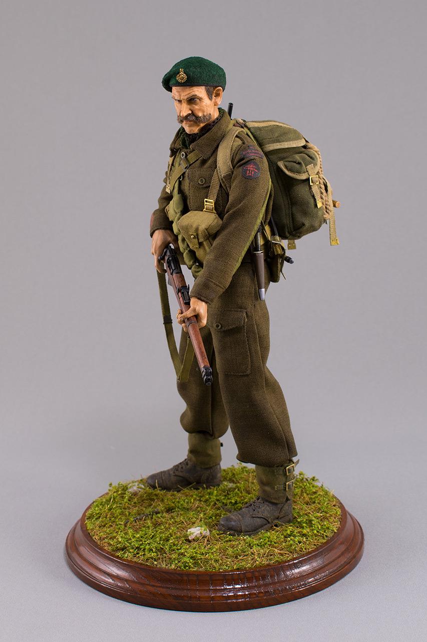 Figures:  Royal Marine Commando. France, 1944, photo #11