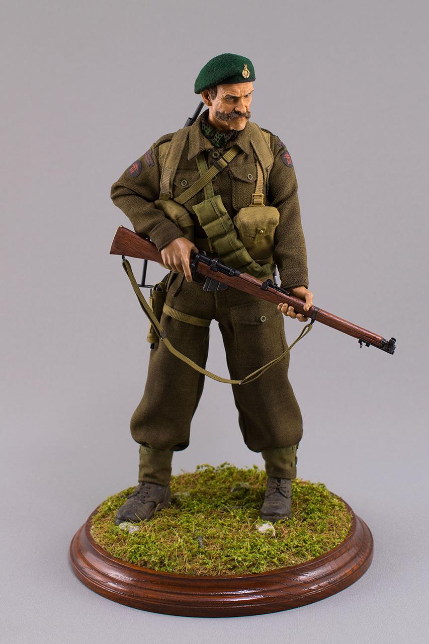 Figures:  Royal Marine Commando. France, 1944, photo #2