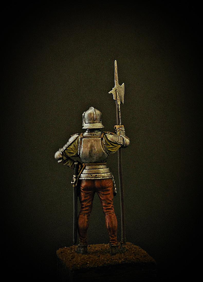 Figures: English halberdier, 1513, photo #4