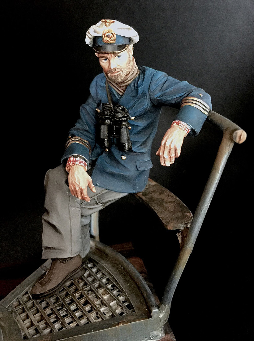 Figures: Lieutenant Commander Günther Prien, photo #6