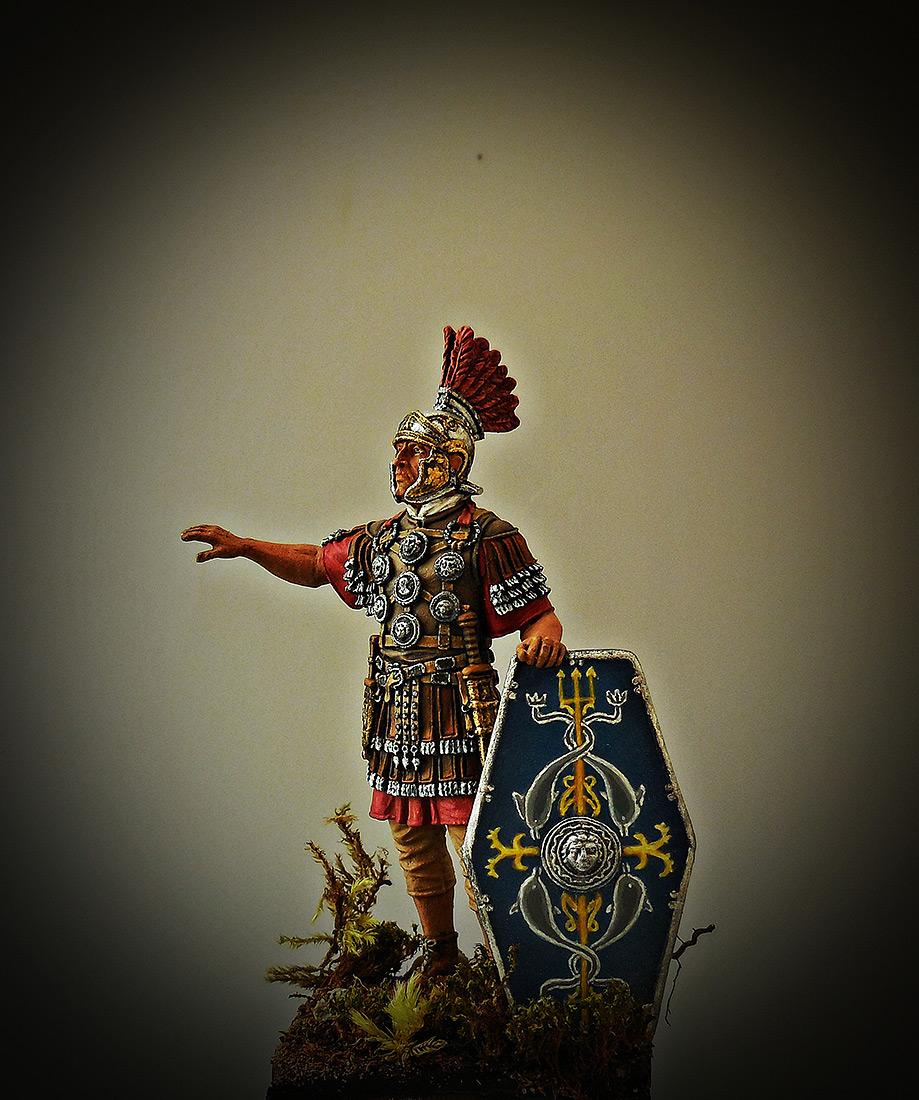 Figures: Officer, II auxiliary legion, late I-II A.D., photo #1