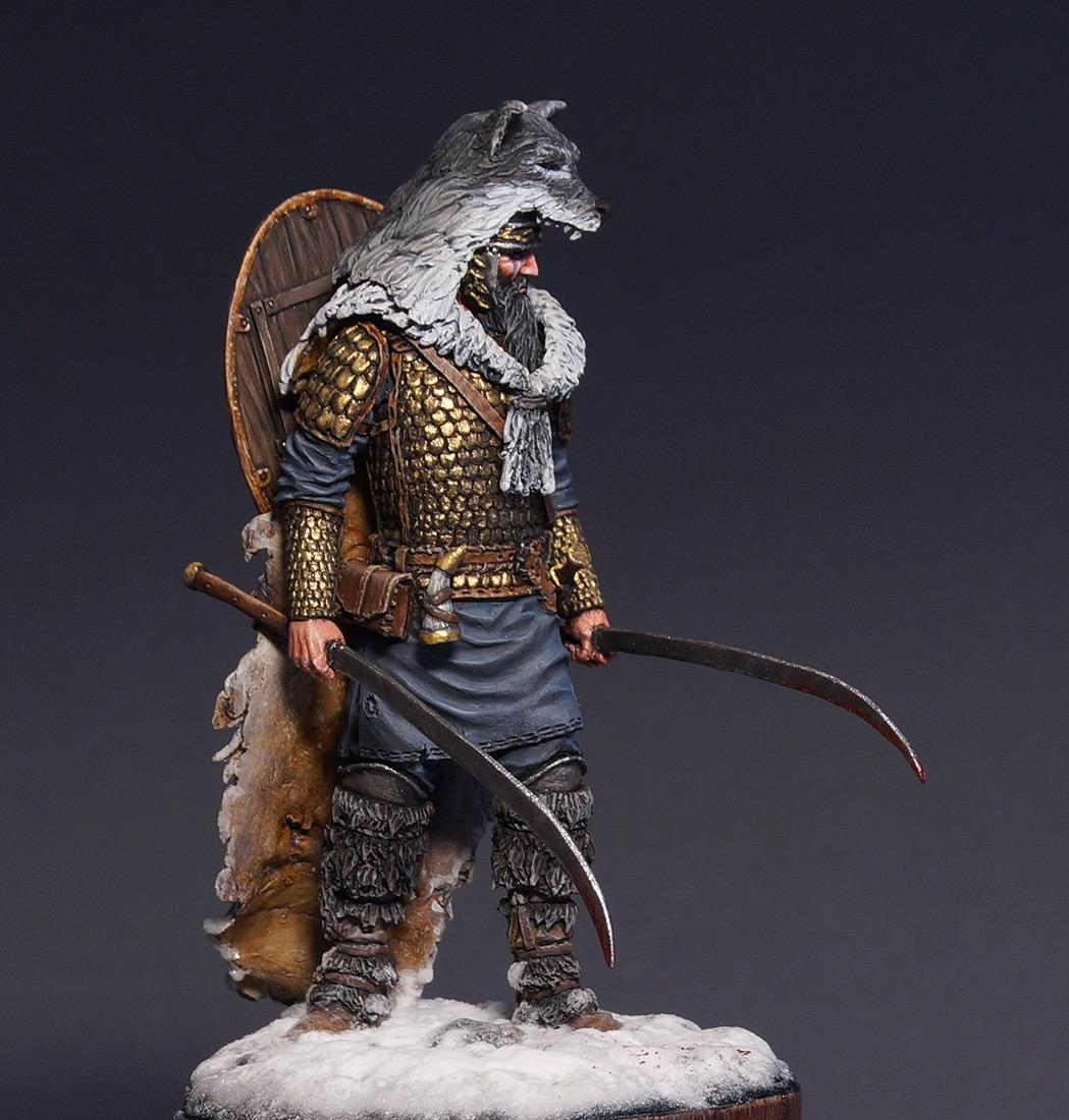 Figures: Dacian warrior, photo #1