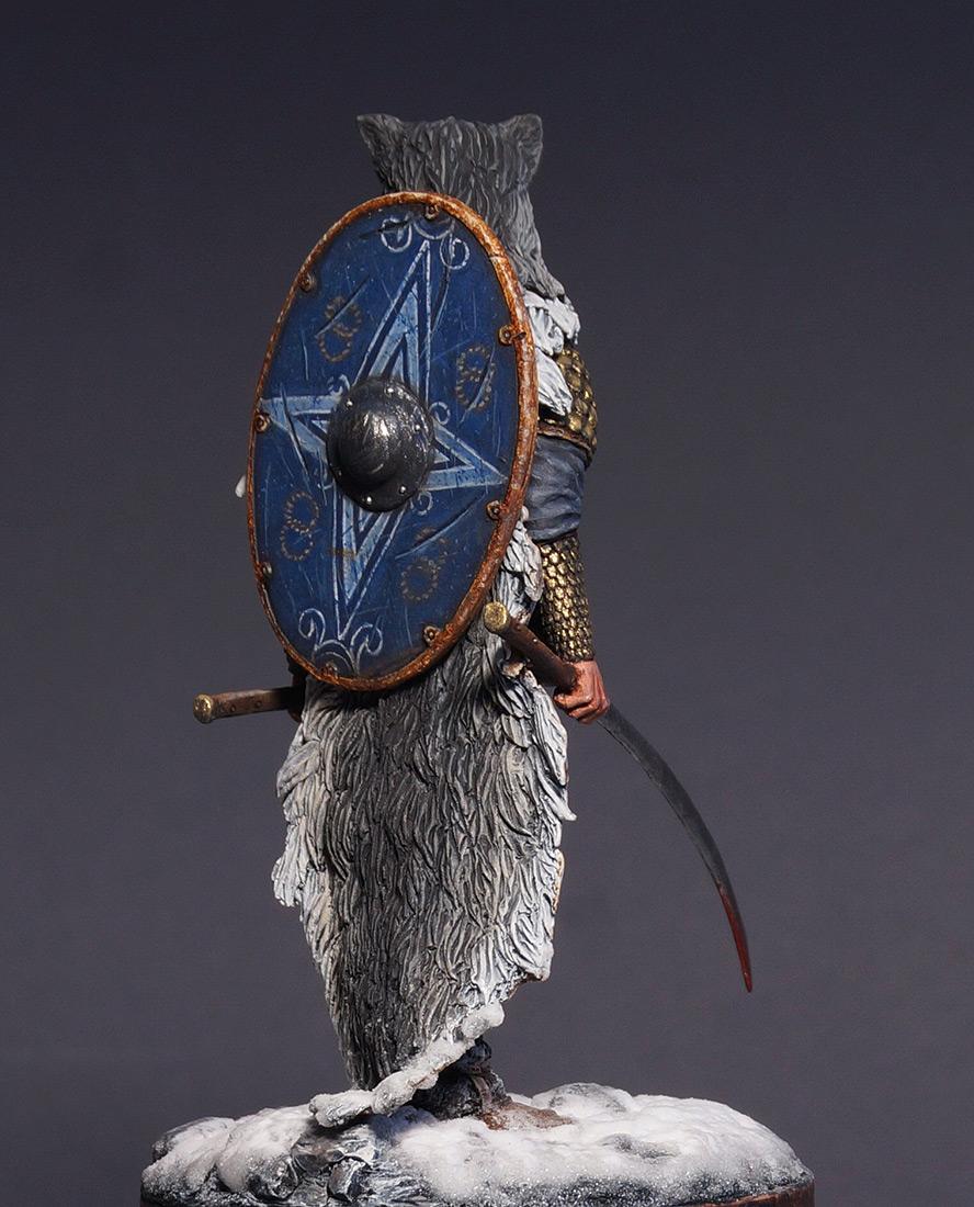 Figures: Dacian warrior, photo #3