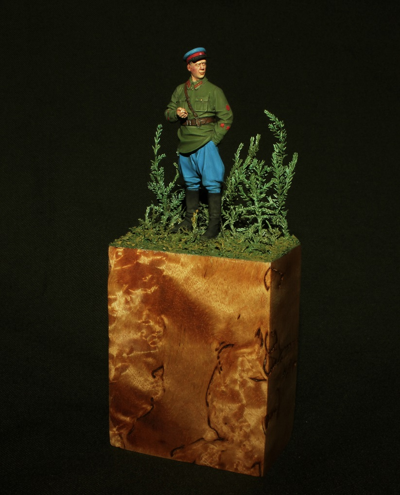Figures: NKVD trooper, photo #1