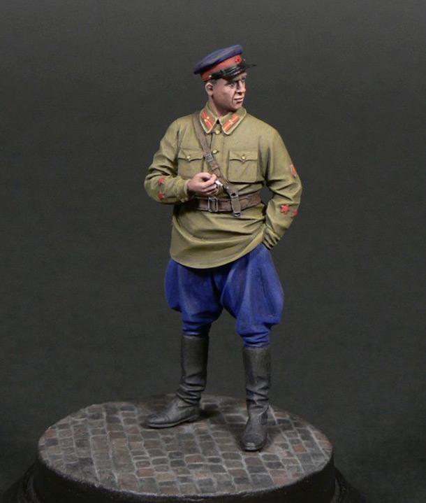 Figures: Senior lieutenant, NKVD