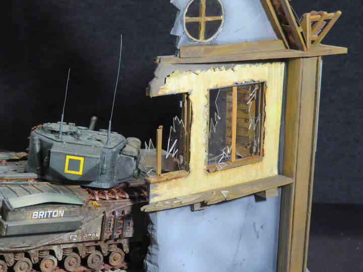 Dioramas and Vignettes: It's dangerous to stay here!, photo #10