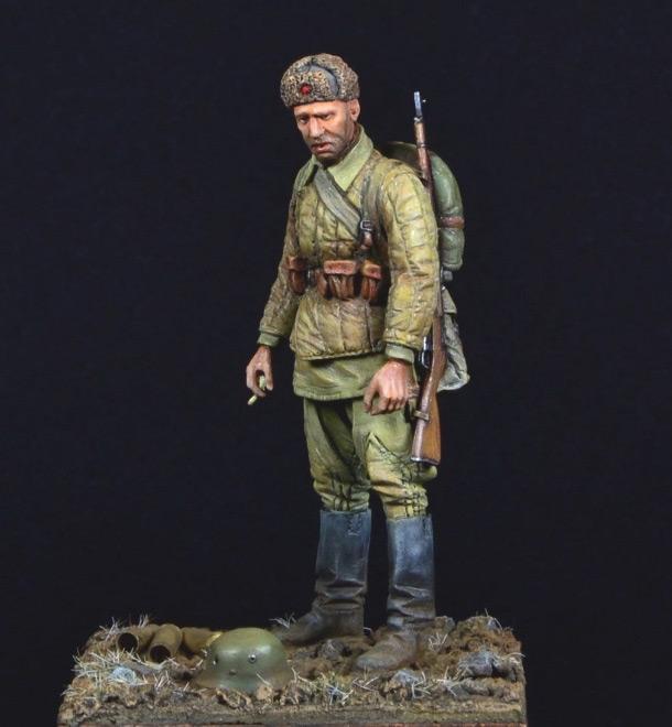 Figures: Soviet soldier