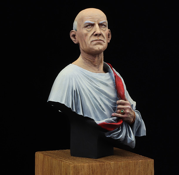 Figures: Roman senator