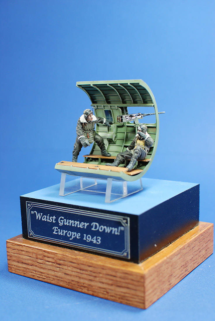 Dioramas and Vignettes: Waist gunner down! Europe 1943, photo #1